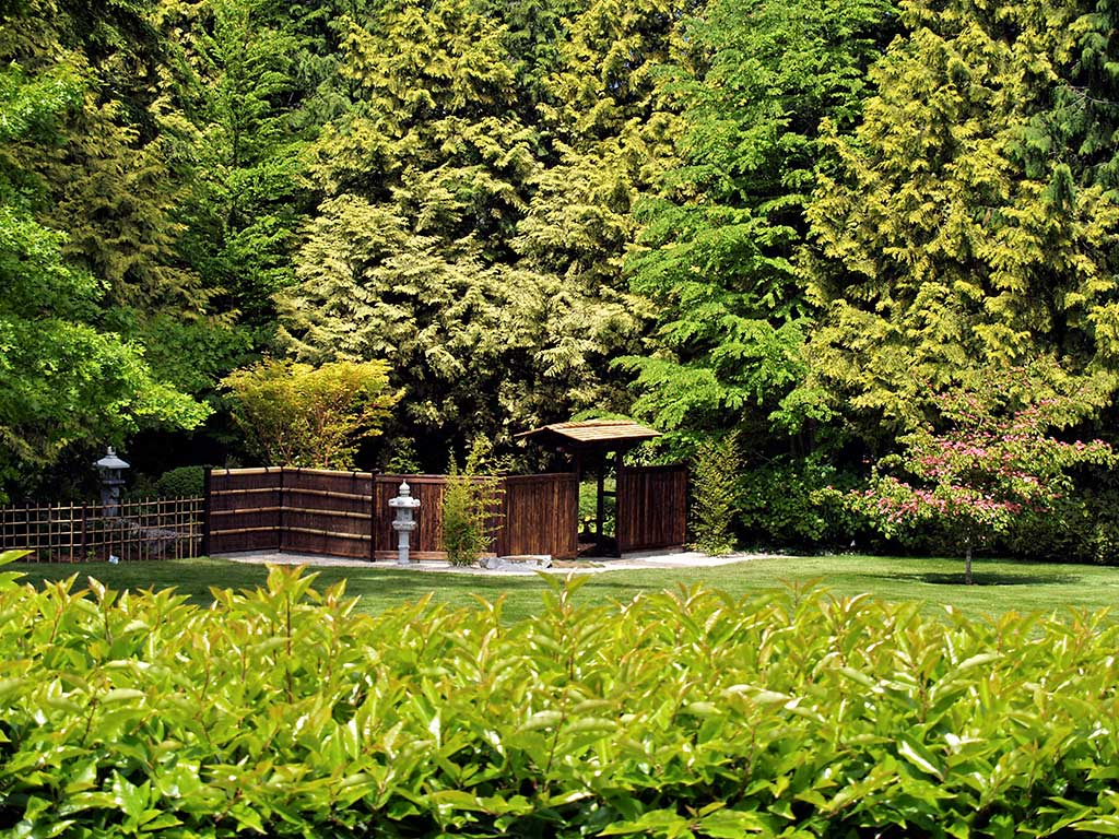 Japanese Garden With Japanese Garden Wood Gate .