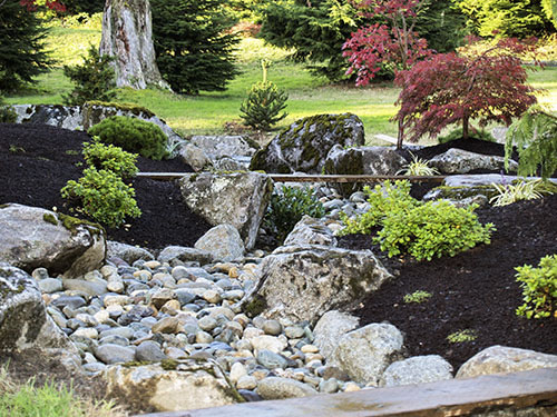 Zen japanese water garden designs water garden koi for Japanese koi water garden